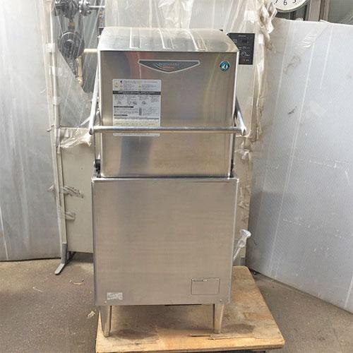 【中古】食器洗浄機 ホシザキ JWE-680A 幅650×奥行660×高さ1450 三相200V 50Hz専用 【送料無料】【業務用】