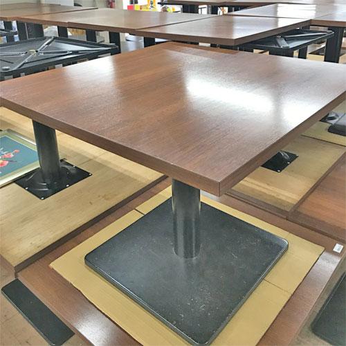 【中古】4人掛けテーブル 幅900×奥行900×高さ710 【送料無料】【業務用】, 良品会議:b911d73d --- campusformateur.fr