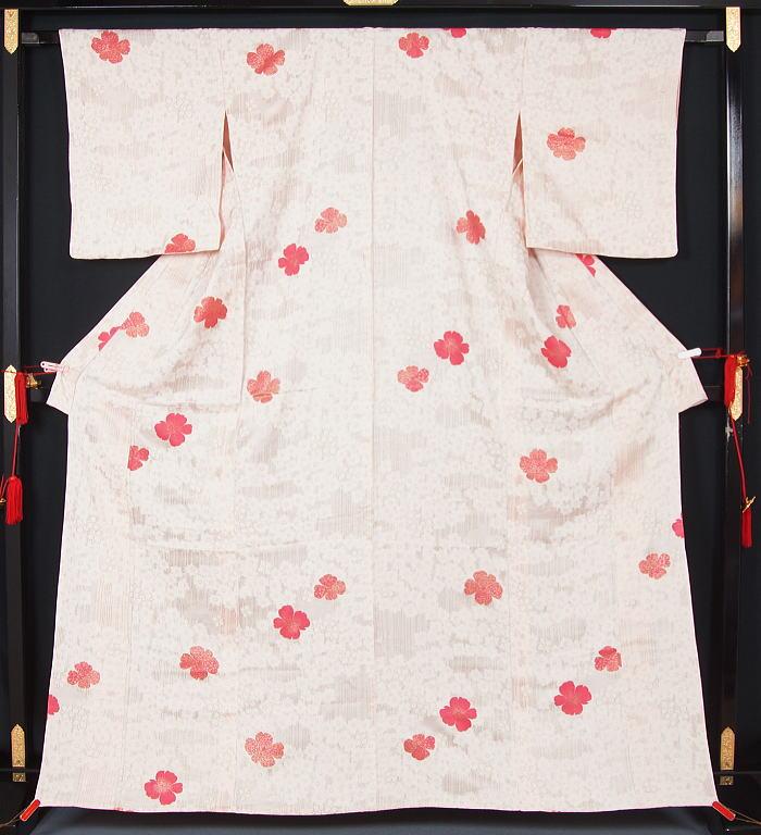 単衣 着物 小紋 梅にミズキ模様 ★送料無料【中古】【リサイクル着物 中古品 着物 帯 きもの 正絹 kimono リサイクル帯 着物セット アンティーク着物 着物買い取り 着物買取 きもの天陽 きものてんよう】