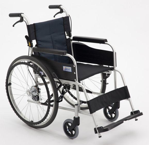 ノーパンクタイヤ仕様 ミキ MiKi USG-1 アルミ自走式車いす