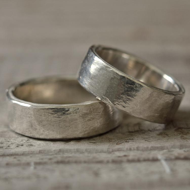 タタきのリング(中) ペアリング ハンドメイド オーダー シルバー 槌目 シンプル 上品 おしゃれ 指輪 Silver 950 マモる