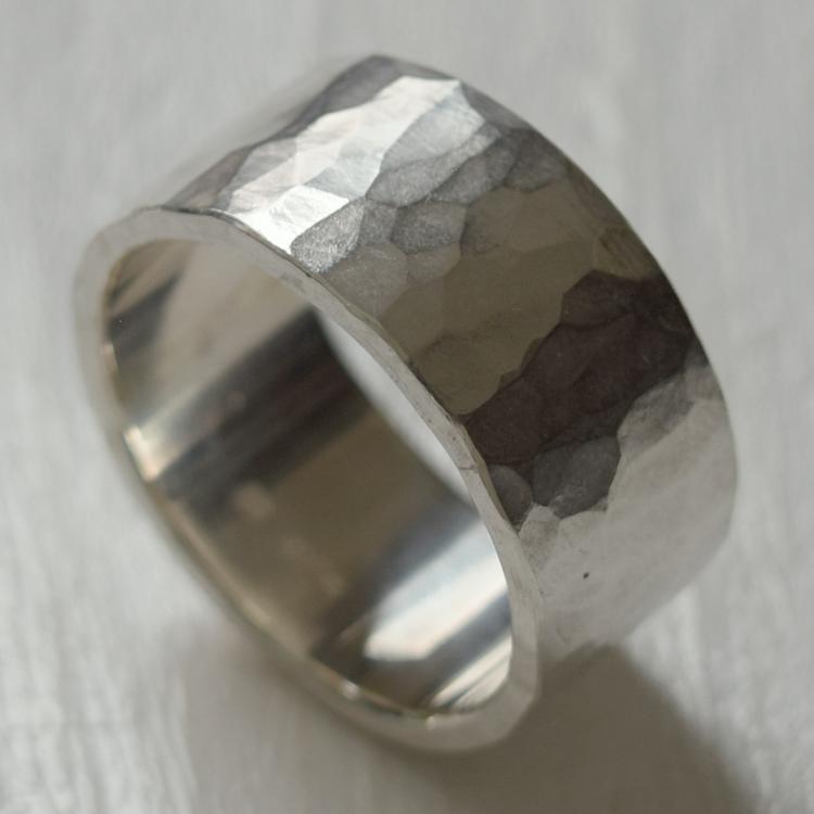 ツチめのリング(太) メンズ レディース ハンドメイド オーダー シルバー 槌目 シンプル 上品 おしゃれ 指輪 Silver 950 マモる ごつめ ゴツめ