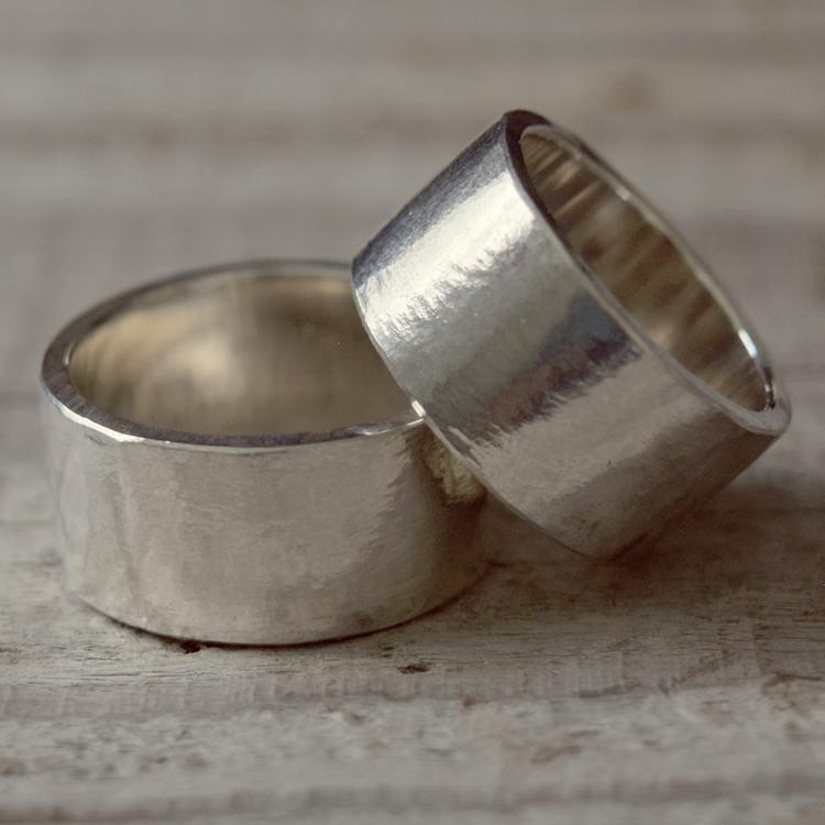 タタきのリング(太) ペアリング ハンドメイド オーダー シルバー 槌目 シンプル 上品 おしゃれ 指輪 Silver 950 マモる ごつめ ゴツめ