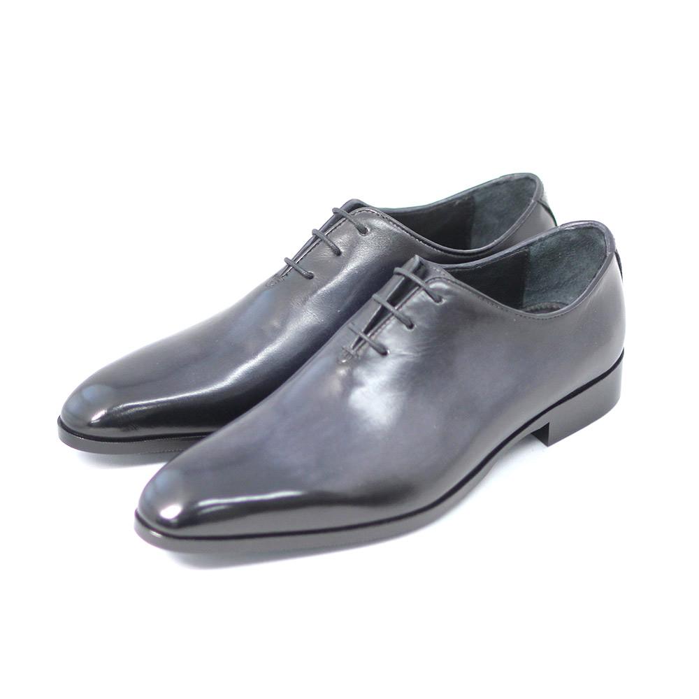 新品未使用正規品 TERRA SHOE STORE ホールカット 与え ブラック 25cm~27.0cm ビジネスシューズ 紳士靴 本革