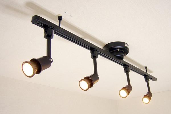 ダクトレール セット MR719-SPECIAL07-PLUS てるくにオリジナルセット ワンタッチ簡易式ダクトレール ブラックダイクロハロゲン形調光対応電球色LED スポットライト4個  あす楽対応