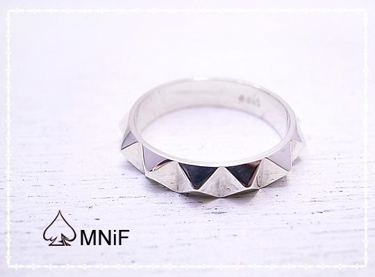 ROCK ピラミッド型 スタッド シルバー リング 指輪 13 Pyramid Studs Ring SV925 カジュアル 11 13 15 17 19号 [-MNiF(ムニフ)-]
