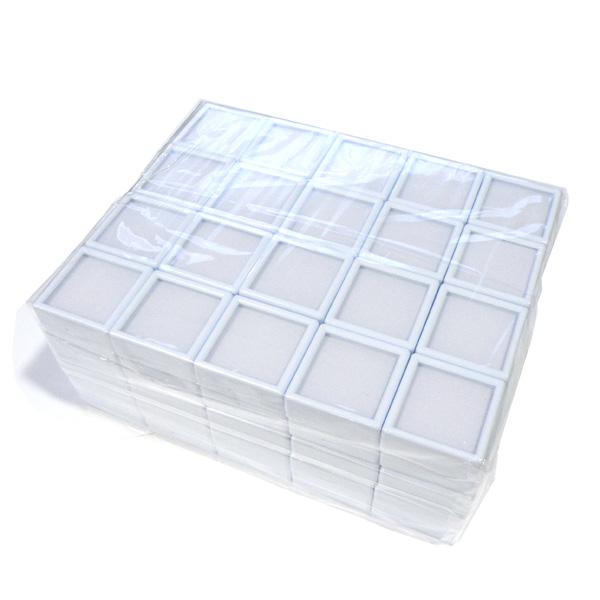 小さなルースやパーツも収納 激安通販専門店 傷つきません ルースやパーツ ジュエリーを収納するプラスチックケースです コレクターや業者の方にオススメ ルースケース 白 お歳暮 裸石ケース コインケース 3x3cm お得な《100個セット》 宝石ケース ジュエリーケース