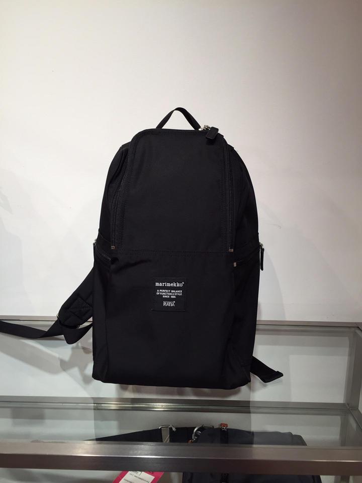 marimekko(マリメッコ) 『METRO』(メトロ)backpack(色:ブラック) ※日本正規取扱店 [送料無料] 02P03Dec16