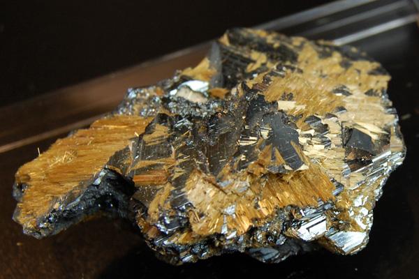 ゴールドルチル原石