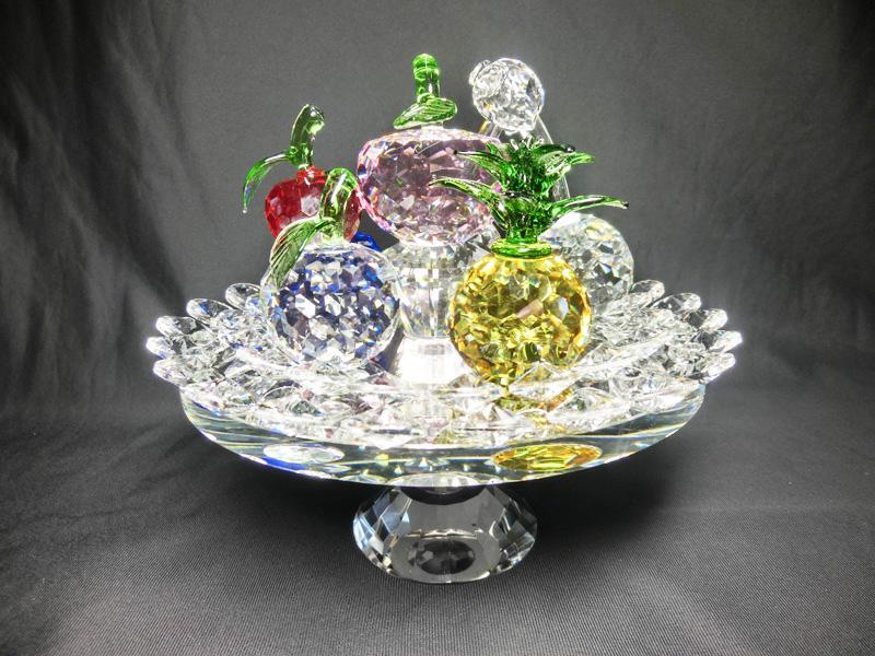 クリスタル製 フルーツバスケット (回転台座)サンキャッチャー< 幸運のインテリア >ハンドメイド~ クリスタル フルーツ皿 フルーツプレート 果物
