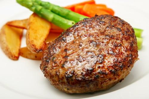 ラ ベットラ 新着 ダ オチアイ 落合務監修 香味野菜と牛肉100%のハンバーグ8個 トンソンジャパン 牛肉ハンバーグ stk-247-43109 新作 人気 ハンバーグ 冷凍