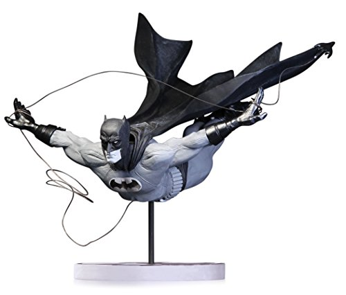 DC Collectibles バットマン Batman: ブラック and ホワイト: Dick Grayson as バットマン Batman by Jock Second Edition Statue (海外取寄せ品)