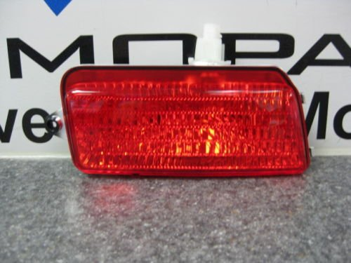 JEEP グランド CHEROKEE SRT8 REAR FOG ランプ LIGHT MOPAR RIGHT (海外取寄せ品)