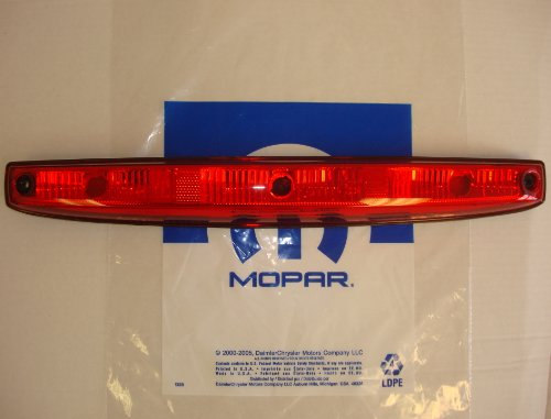 NEW 2003-2006 Dodge Ram 3500 Rear Tailgate Clearance ランプ Assembly (海外取寄せ品)
