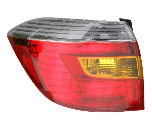 Eagle アイ ライト TY1013-U100L Tail Light Assembly (海外取寄せ品)