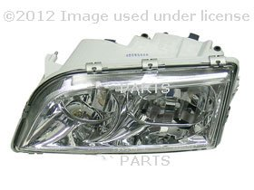 URO Parts 30865267 Left Halogen Headlight with Clear レンズ (海外取寄せ品)