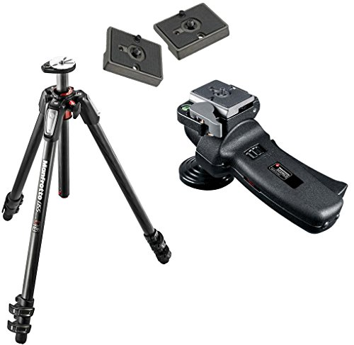 Manfrotto MT055CXPRO3 カーボン ファイバー 3-Section Tripod with 322RC2 Grip Ball Head + 2 QR プレート (海外取寄せ品)