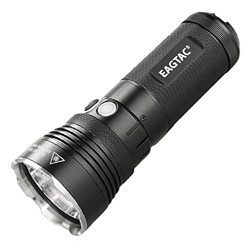 Eageltac MX30L3-R Rechargeable Flashlight キット Model -4625 ルーメン -CREE XHP70 N4 LED -ニュートラル ホワイト 「汎用品」(海外取寄せ品)