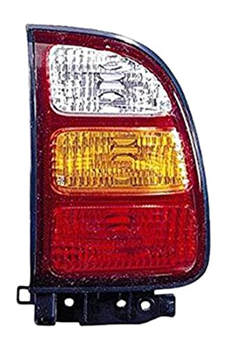 OE リプレイスメント Toyota RAV4 Passenger Side Taillight Assembly (Partslink ナンバー TO2801160) (海外取寄せ品)