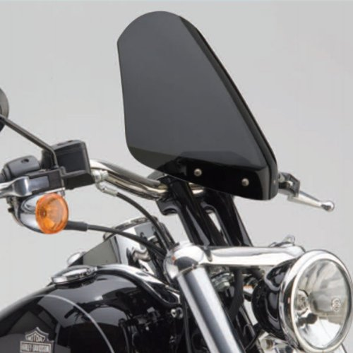 National Cycle ダーク ティント Gladiator Windshield with クローム In-ライン Bolt パターン for Dyna ワイド Glide Models N2711 (海外取寄せ品)