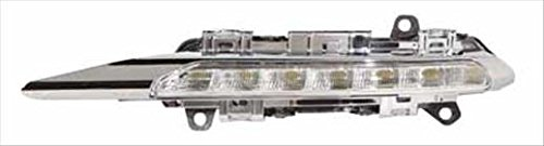 OE リプレイスメント Driving Light MERCEDES CLS400 2007-2011 (Partslink MB2562101) (海外取寄せ品)