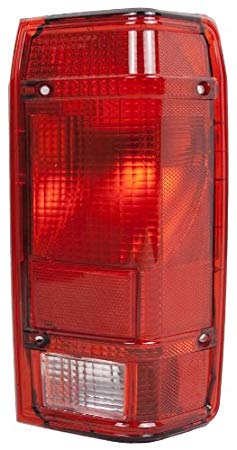 OE リプレイスメント Ford レンジャー Passenger Side Taillight Assembly (Partslink ナンバー FO2801143) (海外取寄せ品)