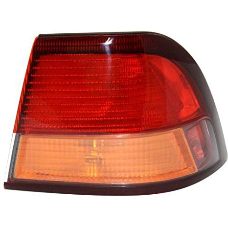 OE リプレイスメント Nissan/Datsun Maxima Passenger Side Taillight Assembly (Partslink ナンバー NI2801143) (海外取寄せ品)