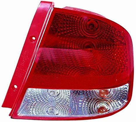 OE リプレイスメント Tail Light Assembly CHEVROLET AVEO セダン 2004-2006 (海外取寄せ品)