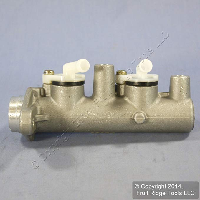 Qualitee International Parts 66-75-550 New Master Cylinder (海外取寄せ品)