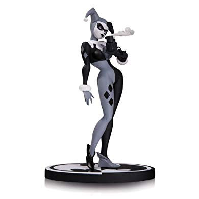 DC Collectibles バットマン Batman ブラック and ホワイト: Harley Quinn by Bruce Timm Second Edition Statue (海外取寄せ品)