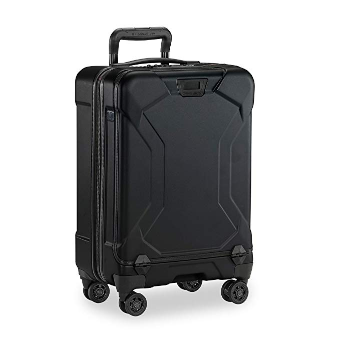 Briggs & ライリー Torq Hardside Carry On ラゲッジ with Spinner Wheels 22 inch. USB Charging Port, TSA-Friendly Locks, イージー Access Hinged フロント ポケット, ブラック (海外取寄せ品)