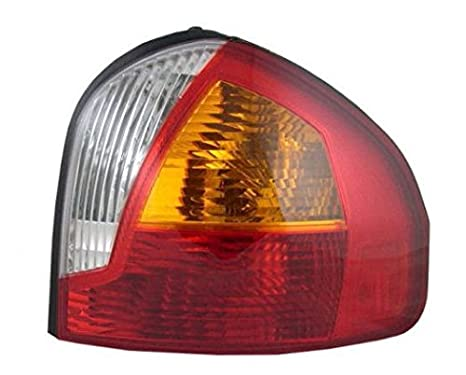 Taillight Taillamp Rear Brake Light Passenger Side Right RH for 01-04 サンタ Fe (海外取寄せ品)