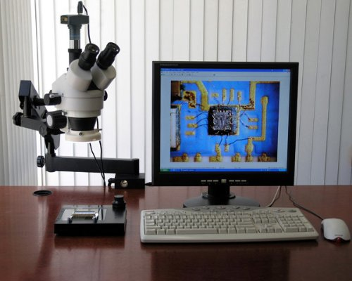 AmScope SM-6TZ-FRL Professional Trinocular ステレオ Zoom Microscope, WH10x Eyepieces, 3.5X-90X Magnification, 0.7X-4.5X Zoom Objective, 8W Fluorescent リング Light, Clamping Articulating アーム Stand, 110V-120V, インクルーズ 0.5X and 2.0X (海外取寄せ品)