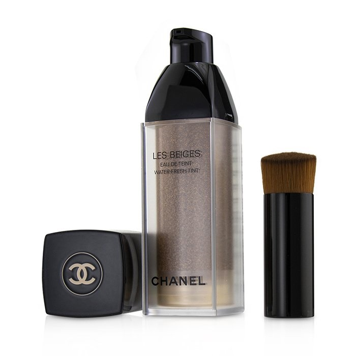 Chanel Les Beiges Eau De Teint Water Fresh Tint - # Medium Plus シャネル Les Beiges Eau De Teint Water Fresh Tin 【海外直送】