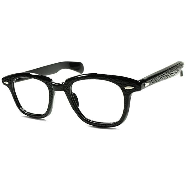 意図的アシンメトリー? 超弩級FIFTIES SPECIAL1950s USA製 デッドストック BLACKクロコ調凹凸仕上げ WAYFARERヒンジ極太FDRテンプル ウェリントン ビンテージヴィンテージ 眼鏡メガネ a5803
