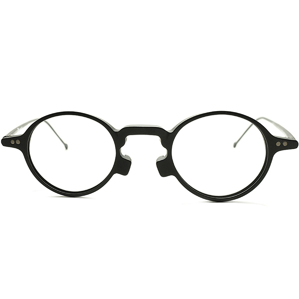 軽量&快適サイズ設計 1990s DEADSTOCK デッドストックITALY製 l.a.Eyeworks アイワークス 細身MATT BLACK 変形KEY HOLE ×小径ROUND PANTO 丸眼鏡 メガネ a5813