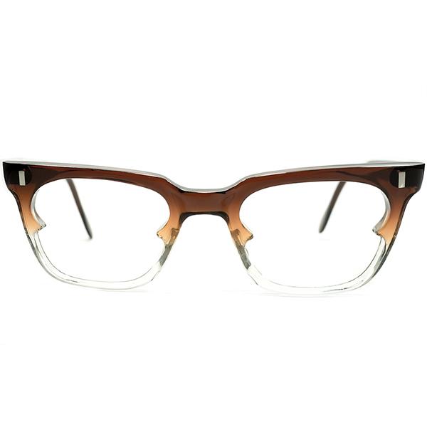 唯一無二造形 1960s イギリス製 MADE IN UK BATT EYE SHAPE BROWN FADE ウェリントン型 ヴィンテージ リーディンググラス メガネ 眼鏡 GOOD SIZE A4693