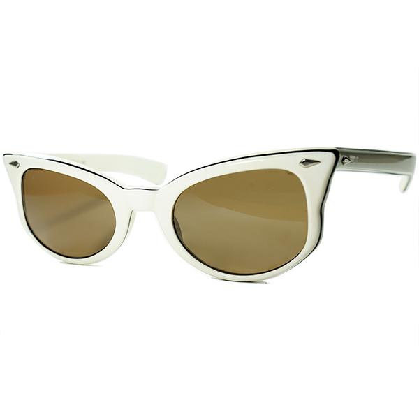 FIFTIESオーラ全開 1950s-60s デッドストック USA製 AO アメリカンオプティカル AMERICAN OPTICAL ダイヤヒンジ SEMI-CATEYEセミキャットアイ サングラス ビンテージヴィンテージ 眼鏡メガネ a6659