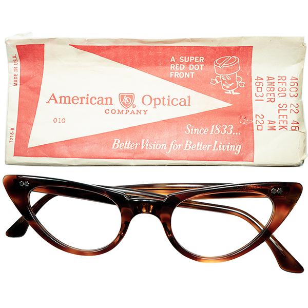 要CHECK未踏ジャンル 優秀個体1960s デッドストック USA製AO アメリカンオプティカル AMERICAN OPTICAL WスターCATEYEキャットアイ size46/22 AMBER a6662