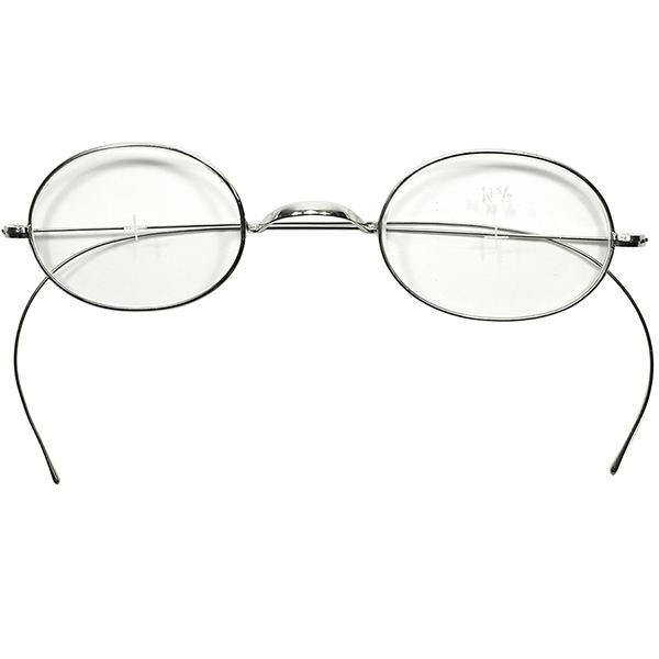 実用的ANTIQUE&ノンストレスGOOD SIZE デッドストック1910s-20s USA製 一山式ブリッジ 極細リム OVALラウンドSILVER METAL 丸眼鏡 丸メガネ 実寸40/24 ビンテージヴィンテージ 眼鏡メガネ a7026