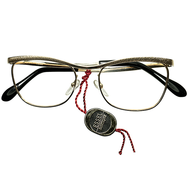 一流 FRENCH エレガンス 1960sフランス製 デッドストックDEADSTOCK FRAME FRANCE フレーム フランス 大御所 ESSELエッセル 金張り凹凸仕上 AMOR アモール型 スネークテンプル ビンテージヴィンテージ 眼鏡メガネ size48/19 a6366