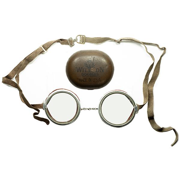 激渋WWI期 1910s-20s カームシェルMEATLケース付 デッドストックDEADSTOCK USA製 WILLSONアルミBODY初期ラウンドゴーグル当時物FLATガラスLENS入 COTTON ADJUSTER ビンテージヴィンテージ 眼鏡メガネ a6730