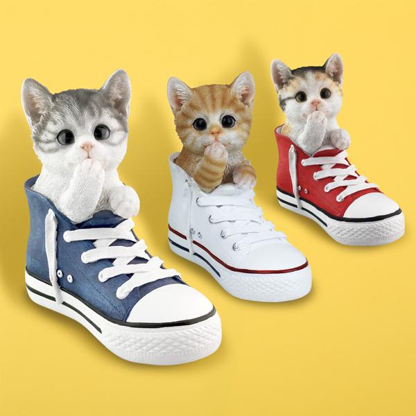 三毛猫 猫 ねこ ネコ 置物 優先配送 オブジェ 毎週更新 インテリア ガーデン ギフト グッズ 猫の置物-スニーカー プレゼント 雑貨 誕生日 かわいい 猫まっしぐらセレクト