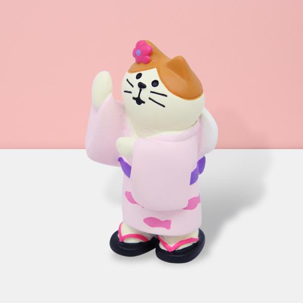 ドンドコ 軽快な和太鼓のリズムに合わせて踊りましょう オンライン限定商品 夏の風物詩 盆踊りを楽しむ可愛らしい猫のマスコットです ミニフィギュア マスコット インテリア コンコンブル 猫雑貨 ねこ 猫まっしぐらセレクト 雑貨 猫 グッズ プレゼント cat 猫の置物ミニ-盆踊り猫 超目玉 夏祭り ギフト concombre