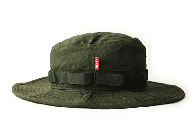 VANS vans vans BOONIE BUCKET HAT Bernie by bucket Hat FOREST NIGHT PEYOTE  (forest night Peyote) men and women and for hat logo Green Khaki 1e7b19a6777f