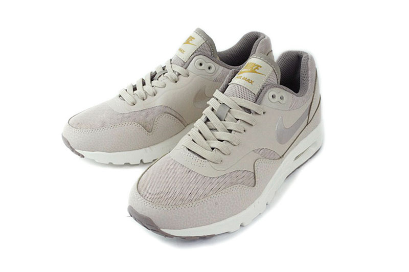 nike womens air max 1 ultra essentials string iron/beige