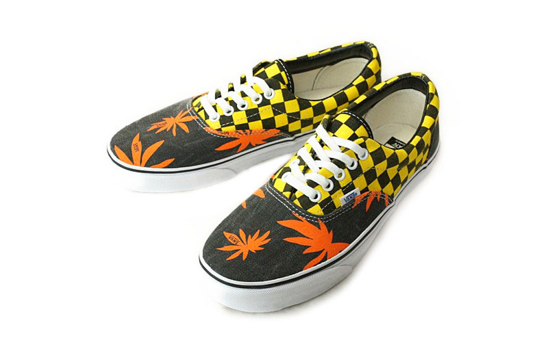 52078a108a2b8e vans era womens Orange Sale
