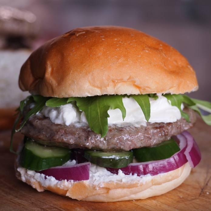 ラム肉の旨みが美味しいパティ ラム肉 ハンバーガー パティ 2枚入り 無添加 人気海外一番 超人気 ラムパティ 砂糖不使用 羊肉 ハンバーグ 珍しいハンバーガー作りに -L007