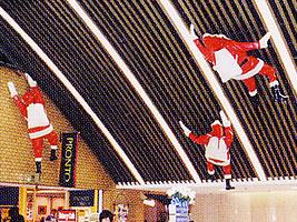 クライミングサンタ(赤服スタンダード)(身長 約1.8m、重量 約5kg)サンタクロース クリスマスパーティー 店舗装飾デコレーション 飾りつけ 店舗ディスプレイ イベント