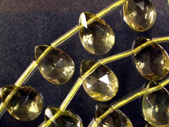 天然石ビーズレモンクオーツ平ドロップカット13×9×6mm・1連40cm 25個前後